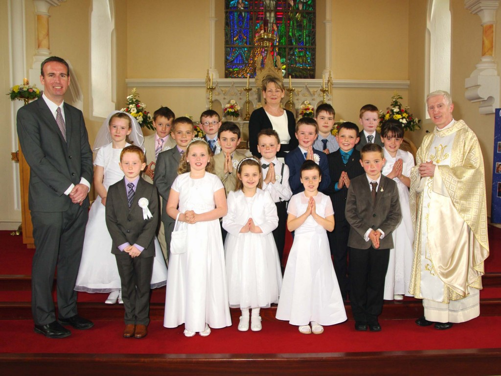 Muff Holy Communion